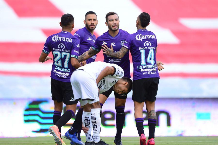Mazatlán FC de los chilenos suman su primer punto en su historia en la Liga MX