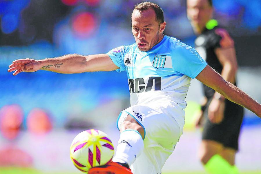 Marcelo Díaz dio positivo a COVID-19 en la previa de la Supercopa Argentina